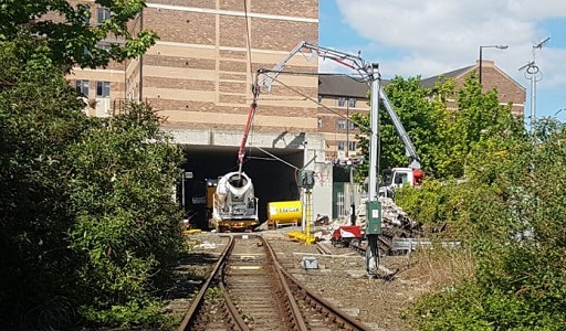Replacement of switches on rail track